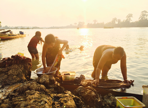 Sesan_River_in_Stueng_Treng,_Cambodia.png