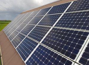 Solar PV Pixabay Michael Yeoman