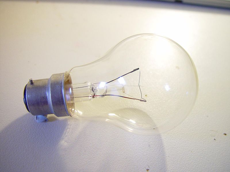Light bulb clear bayonet fitting
