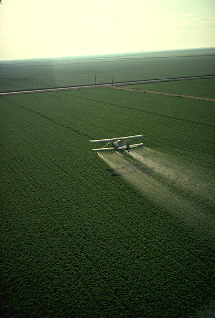 Spraying pesticide in California-credit-USDA Photo by: Charles O'Rear