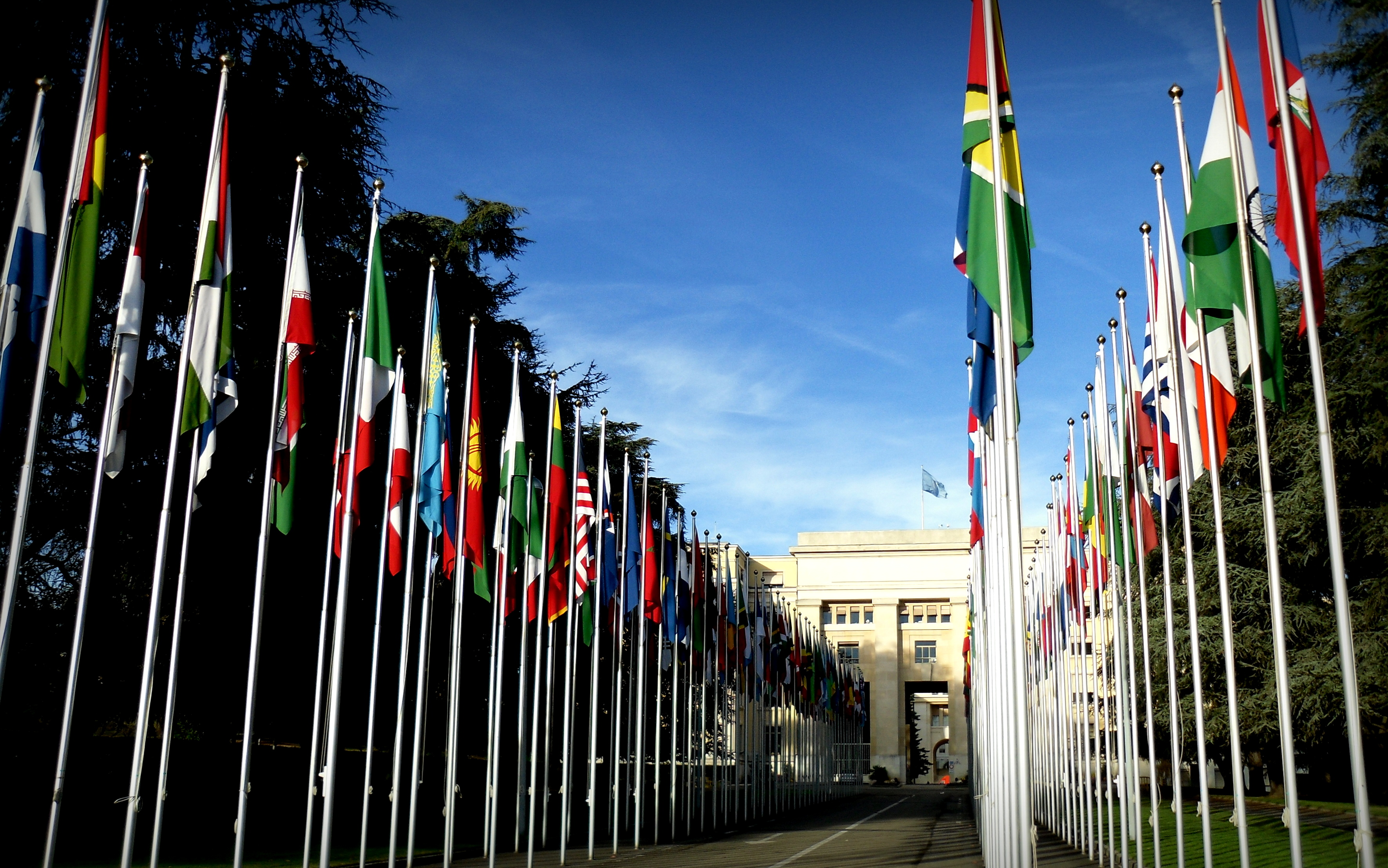 Palais_des_Nations_credit_Eferrante_wikicommons