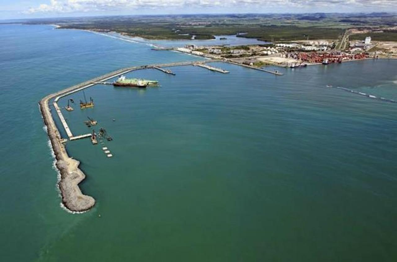 Suape port_credit_Racismo Ambiental_http://racismoambiental.net.br/wp-content/uploads/2014/03/suape-geral-800x600.jpg
