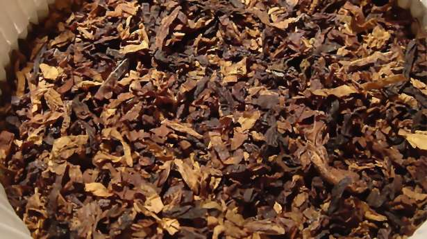 Tobacco-credit-sjschen via Wikimedia Commons