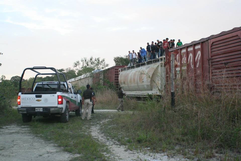 Train_La_Bestia_Migrants_Mexico_Credit_La_72