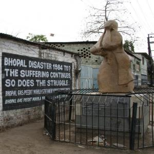 Union Carbide/Dow lawsuit (re Bhopal) | Business & Human