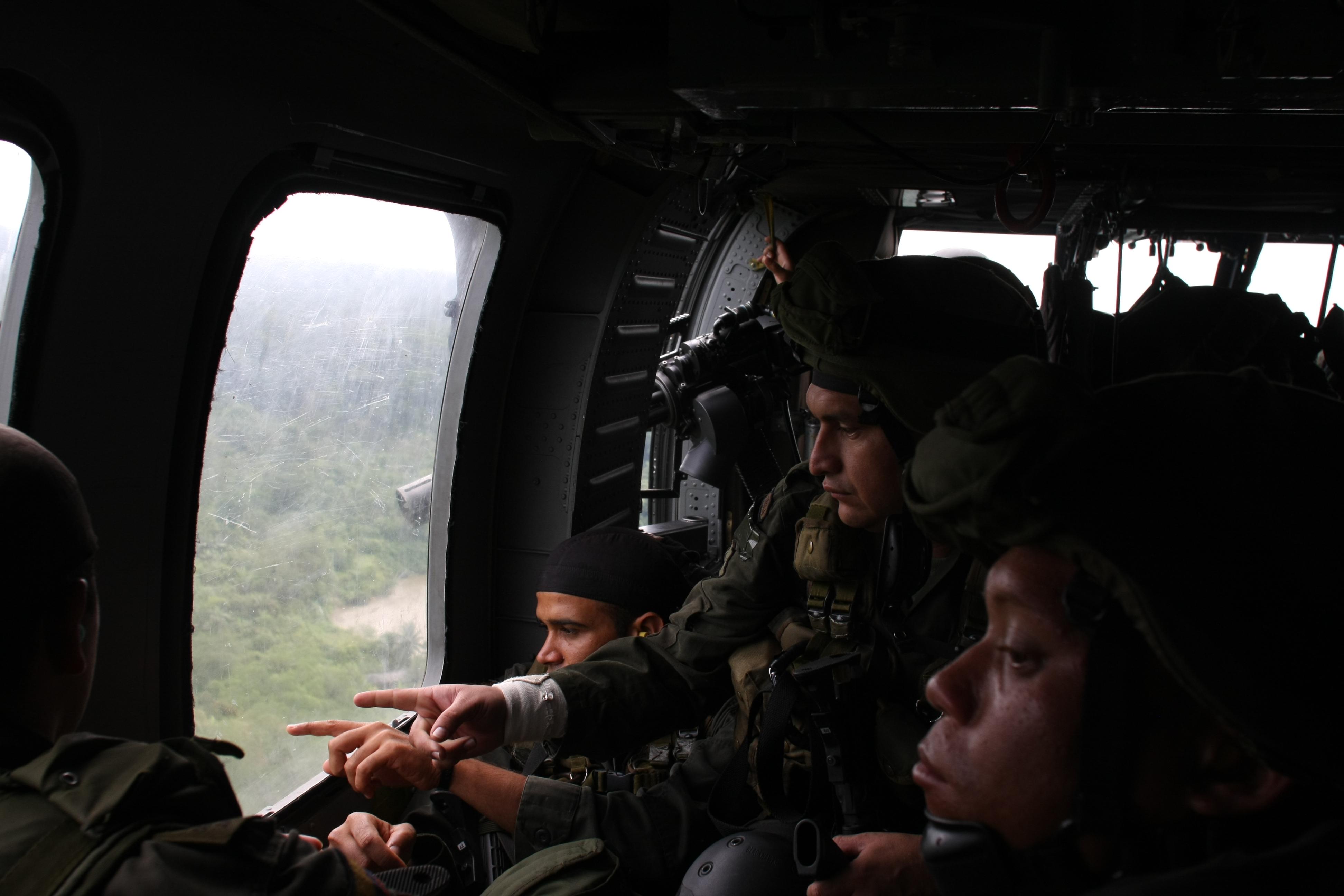 Policía Nacional de los colombianos, photo credit AP Photo/William Fernando Martinez licensed under CC BY-SA 2.0