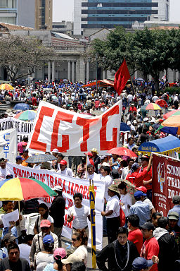 Guatemala_CGTG_Protests_by_Surizar