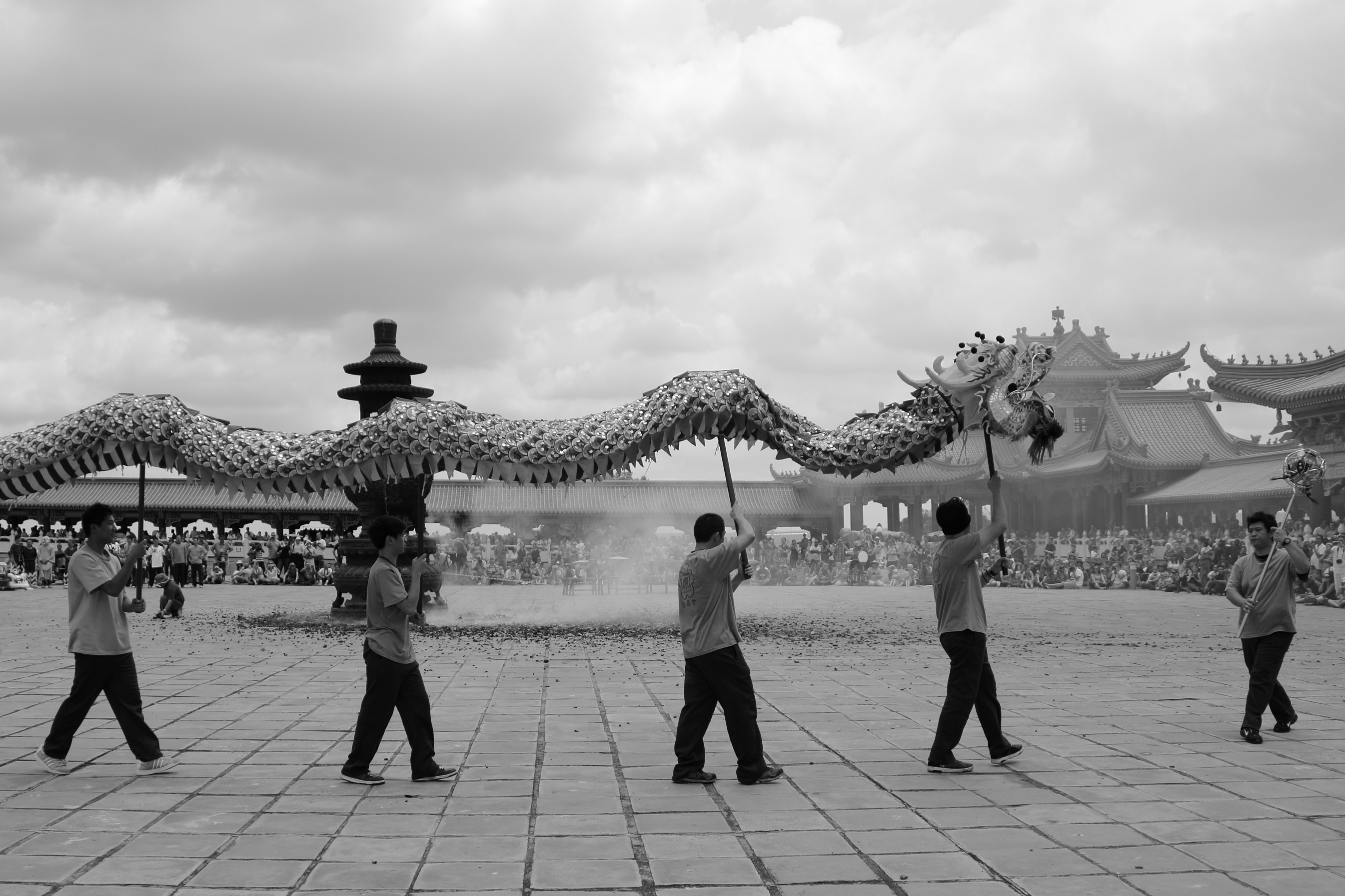 Dragon dance Nan Hua Temple Johannesburg South Africa - photo by Willem Viljoen