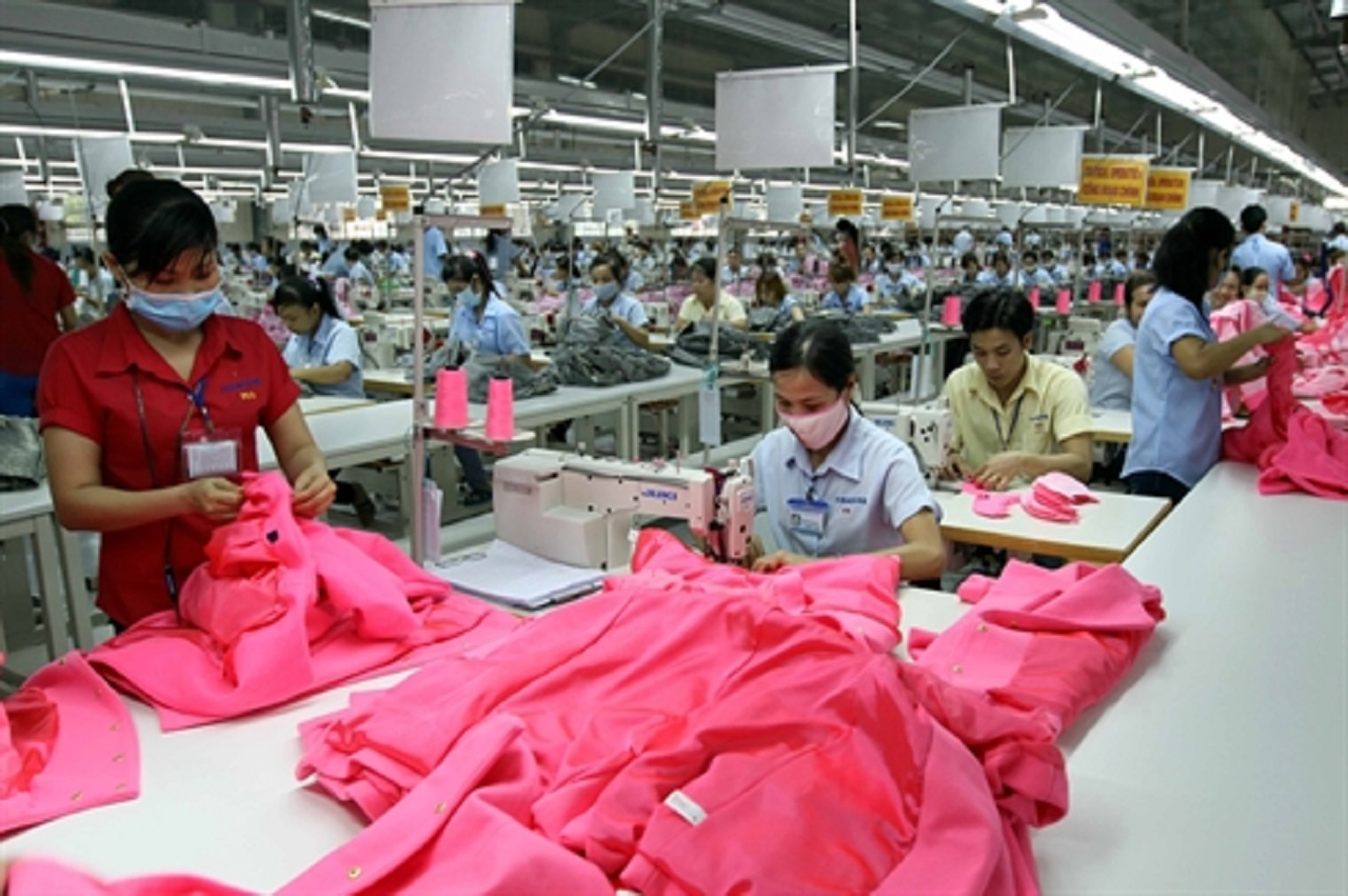 Oxfam releases briefing on living wage in global supply chains