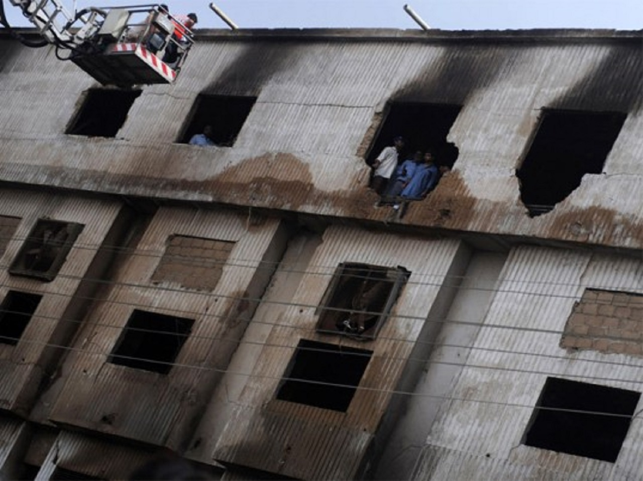 Victims of Ali Enterprises factory fire in Pakistan to sue KiK in