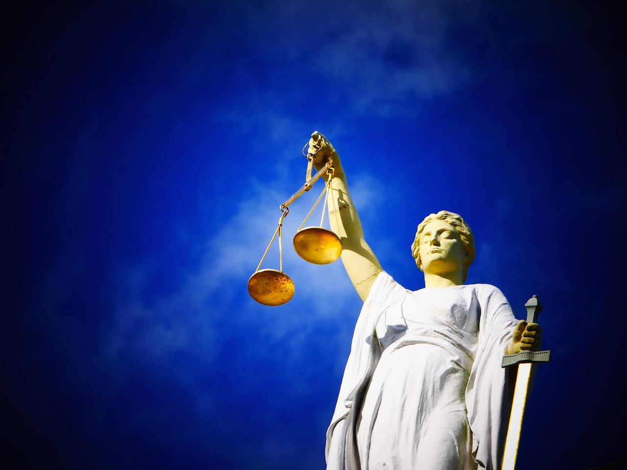 Justice_photo credit: AJEL licensed under Pixabay