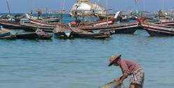 Ngapali women fishing - photo by Bobbie Sta. Maria