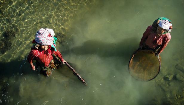 Women fishing Nepal